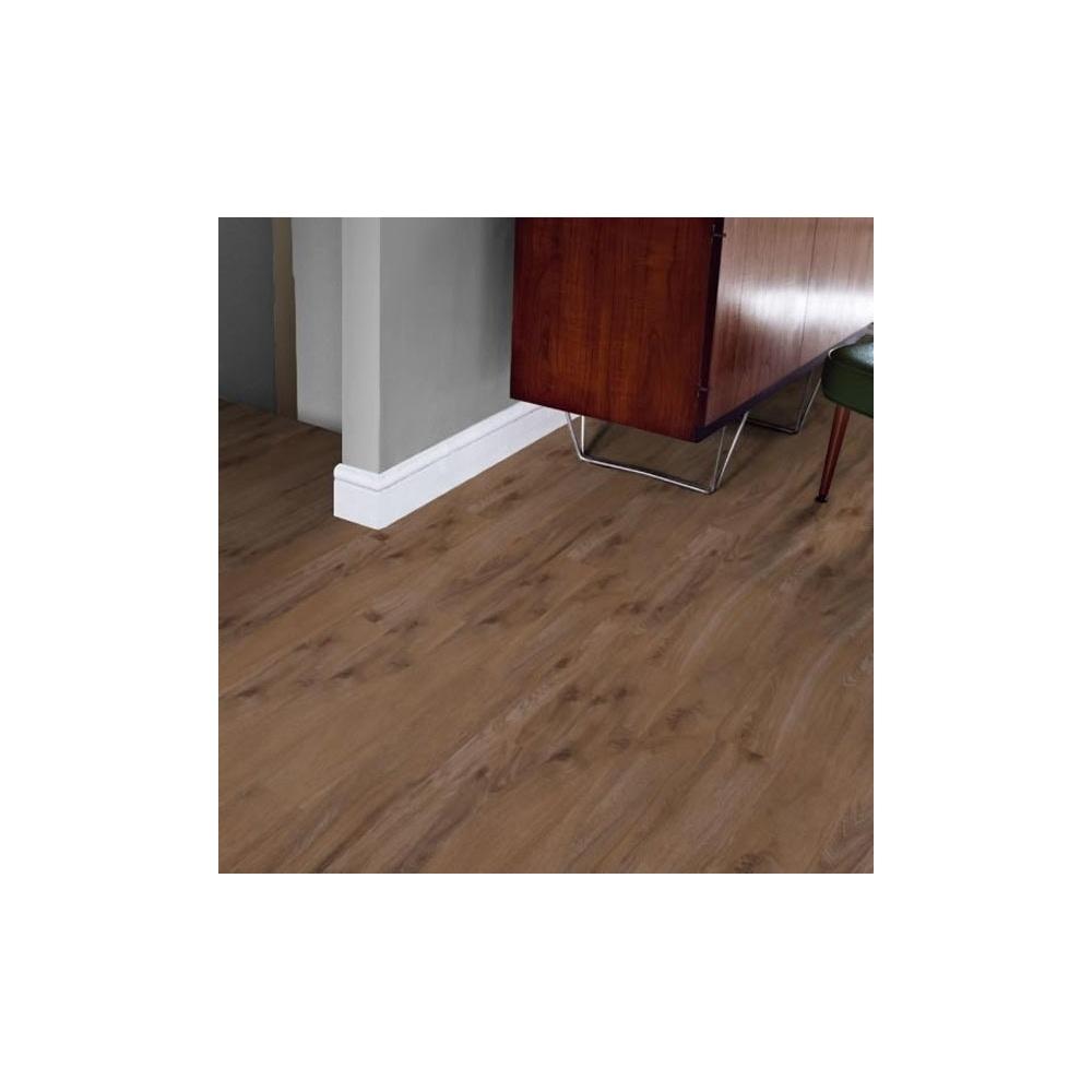 Karndean Luxury Vinyl Flooring in Tudor Oak: KP38