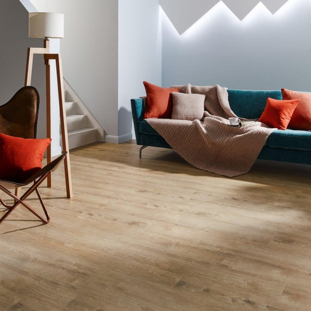 Faux Wood Flooring Reviews: Polyflor Camaro Cashmere Oak 2244